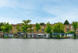 Amsteldijk 805 in Amsterdam 1078 RW