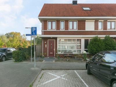 Toernooistraat 2 in Rotterdam 3078 ZV