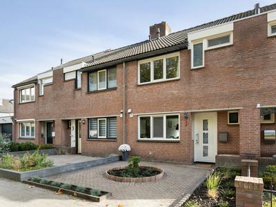 Bandeliersberg 5 in Roosendaal 4707 SG