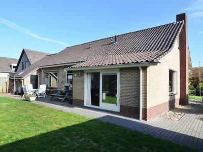 Burg.Hoekstrastraat 1 in Nieuwleusen 7711 JN