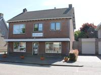 Bovenstraat 9 in Hoeven 4741 AS