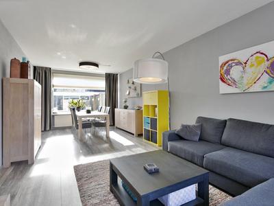 Zeestraat 141 in Zevenbergen 4761 HK