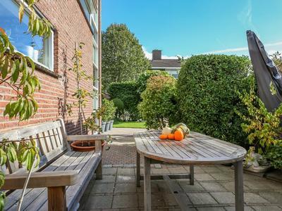Dronenweg 63 in Bodegraven 2411 HB