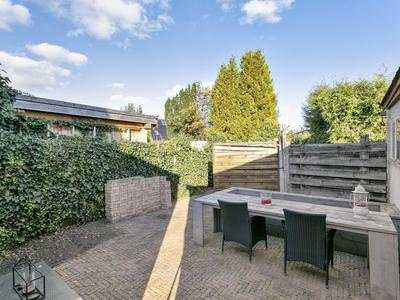 Asterstraat 2 in Heerenveen 8441 EG
