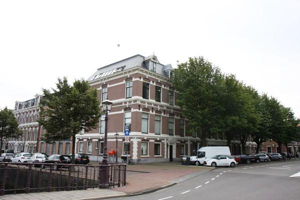 Nassauplein 48 in Haarlem 2011 PG