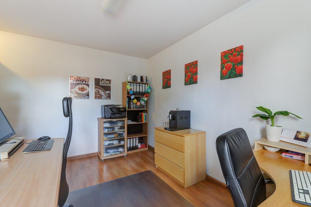 Hoogte Sierstrip Badkamer : Ratelaar 3 in alblasserdam 2954 nd: woonhuis te koop. veldhoen