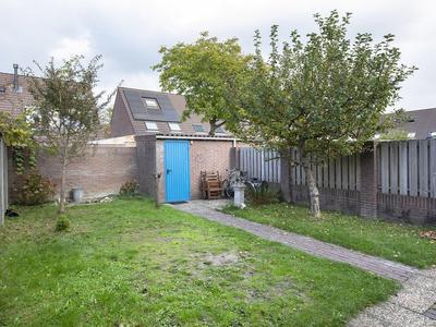 Honderdbunder 12 in Breda 4823 BK