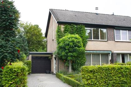 Albastdijk 22 in Roosendaal 4706 AN