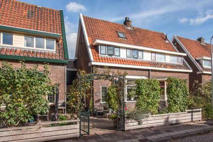 Beukestraat 15 in Krommenie 1561 KH