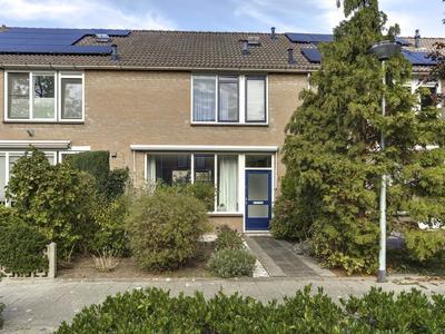 Moersbergen 15 in Zwijndrecht 3334 EN