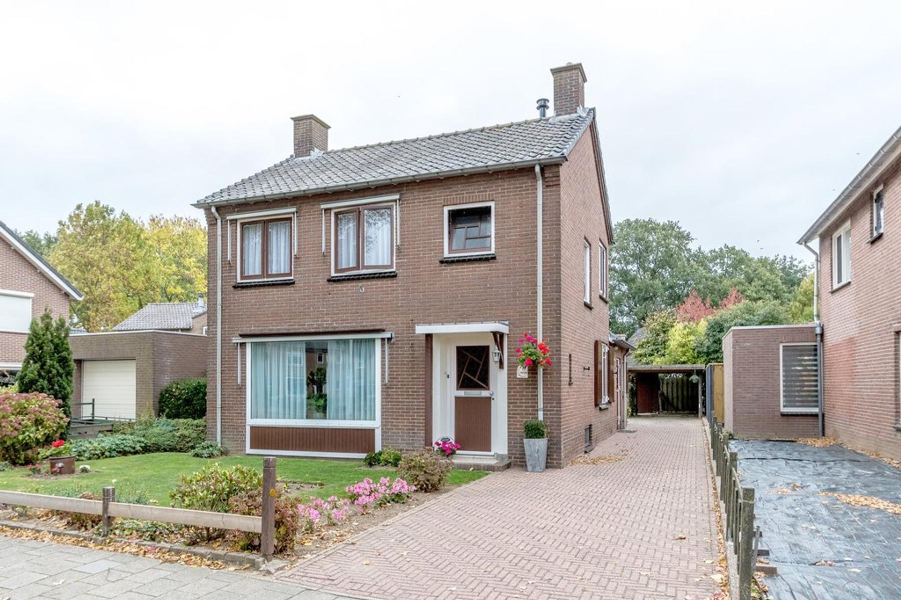 Van Heekstraat 26 in Doornenburg 6686 CB