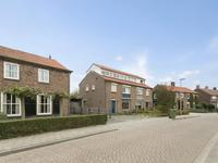 Burgemeester Van De Heijdenstraat 72 in Drunen 5151 HN