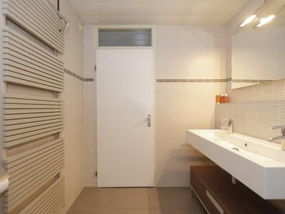 Arnoldipad 24 in Schiedam 3123 NC