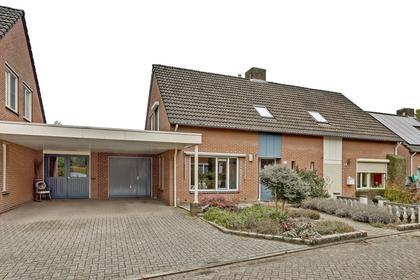 Plettenbergstraat 26 in Maasbree 5993 EM