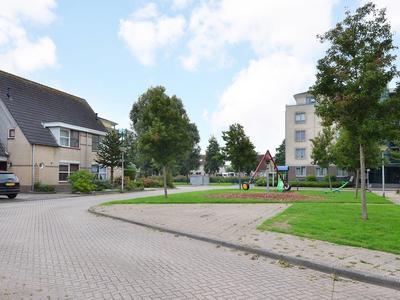 Zeedistel 2 in Nootdorp 2631 TC
