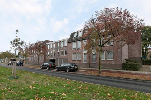 Wethouder Van Eschstraat 318 in Oss 5342 AV