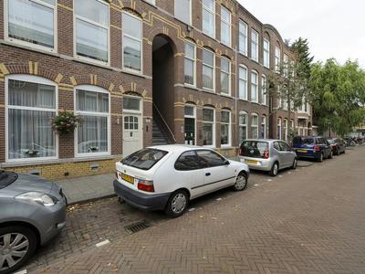 Anton De Haenstraat 98 in 'S-Gravenhage 2563 BV
