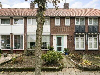 Professor Dupontstraat 5 in Roermond 6042 CH