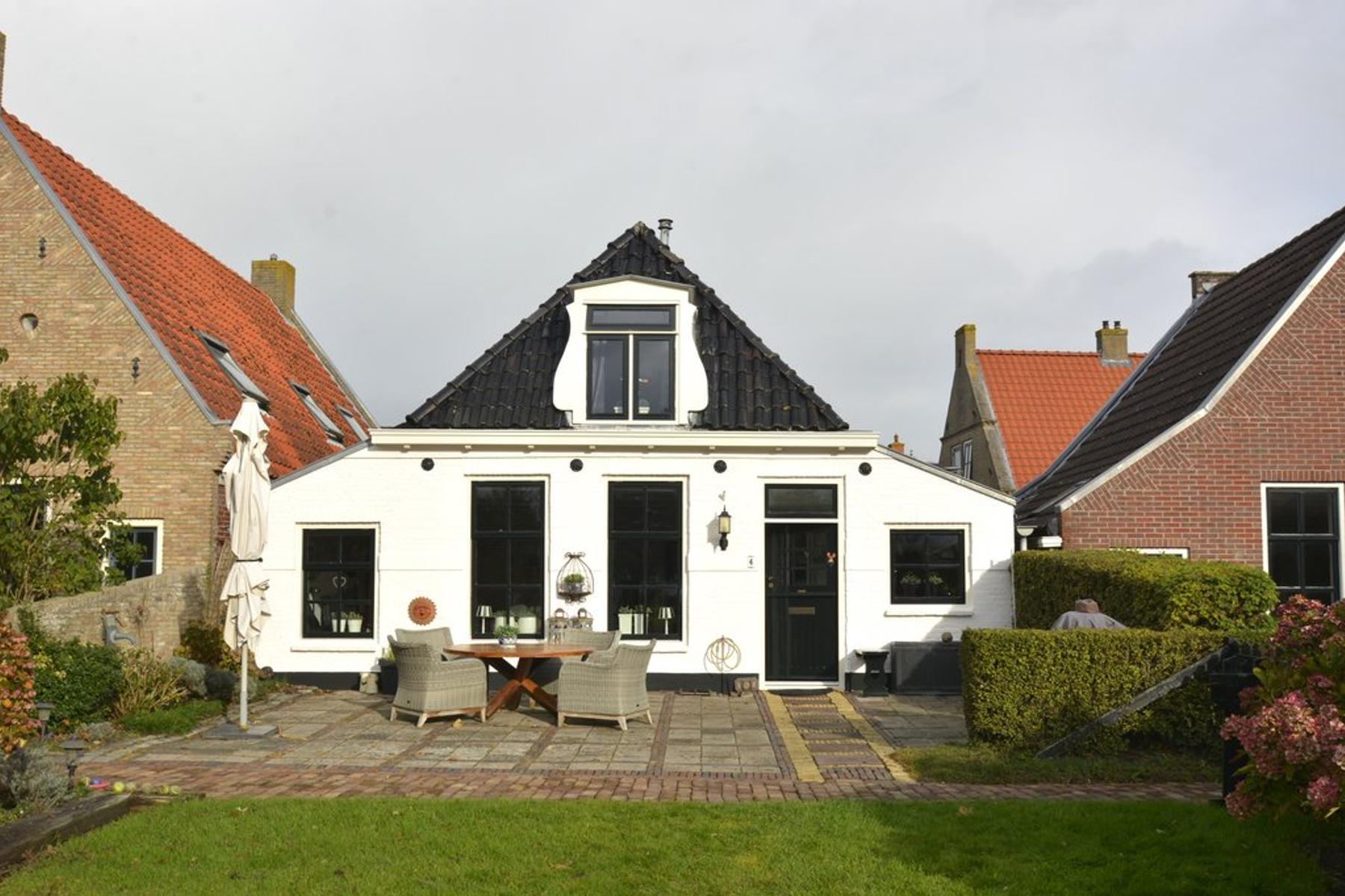 Vierhuizen 4 in Schiermonnikoog 9166 RA