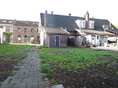 Bloemenweg 89 in Maastricht 6221 TT