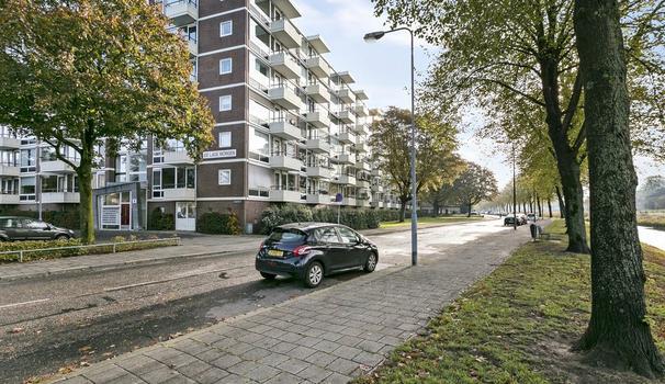 Lagemorgenlaan 200 in 'S-Hertogenbosch 5223 JC