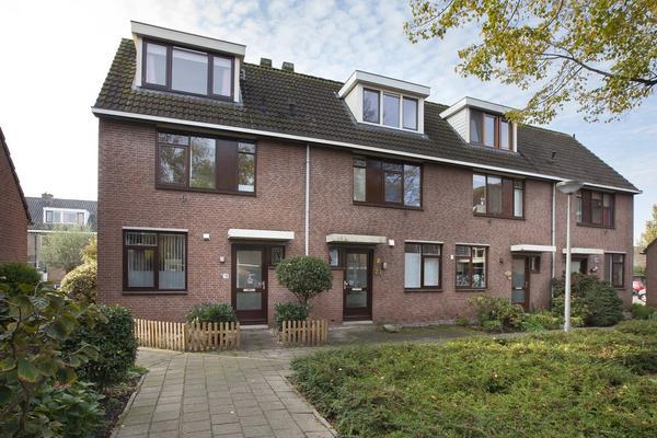 Beatrixlaan 19 in Reeuwijk 2811 LZ