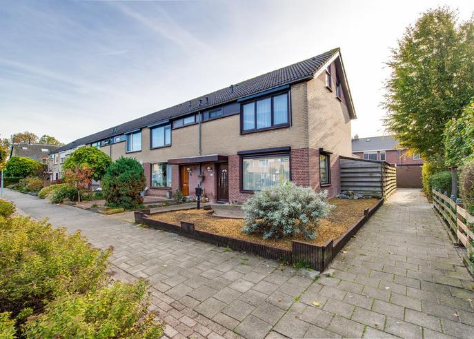 Dauwdruppelhof 14 in Fijnaart 4793 CJ