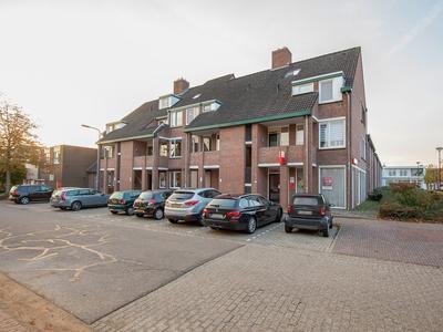 Pastoor Janssenstraat 21 in Limbricht 6141 AM