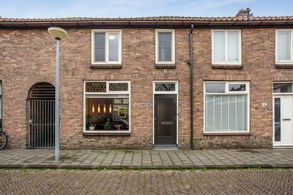 Leeghwaterstraat 27 in Alkmaar 1815 VN