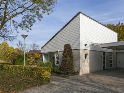 Johan Frisostraat 1 in Veldhoven 5502 VH