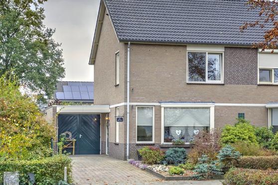 Maasstraat 110 A in Arcen 5944 CG