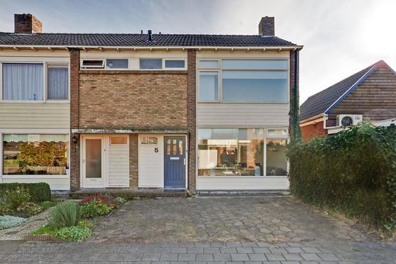 Binkesstraat 5 in Heerenveen 8442 HB