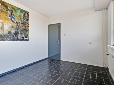 Roosstraat 136 in Zwijndrecht 3333 SN