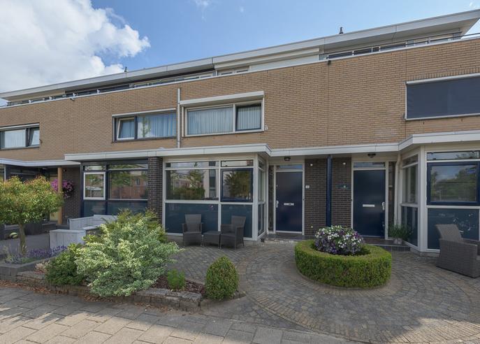 Anne Vondelingplantsoen 31 in Naaldwijk 2672 BT