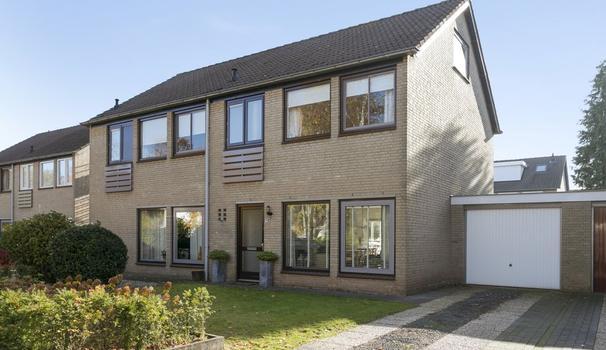 Hildebrandstraat 9 in Rosmalen 5242 GG