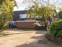 Karperveen 318 in Spijkenisse 3205 HH