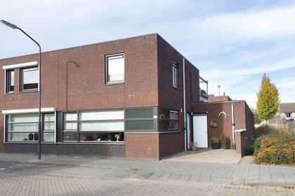 Parelstraat 24 A in Fijnaart 4793 CM