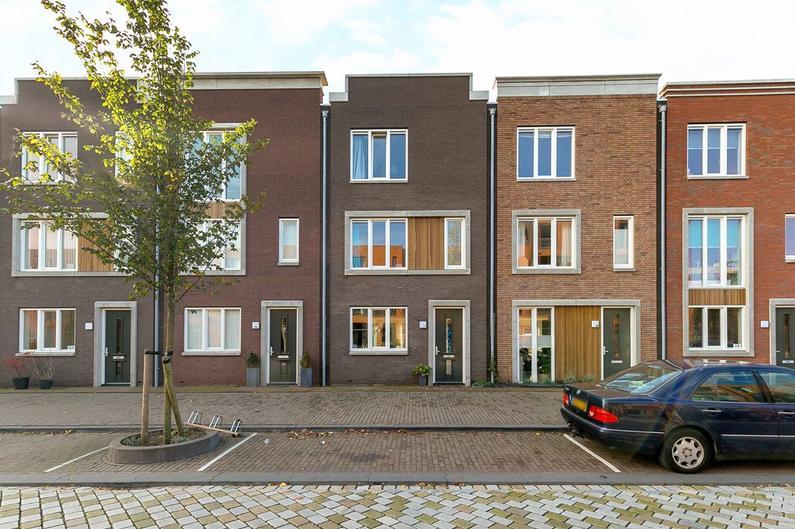 Jan Vrijmanstraat 122 in Amsterdam 1087 MP