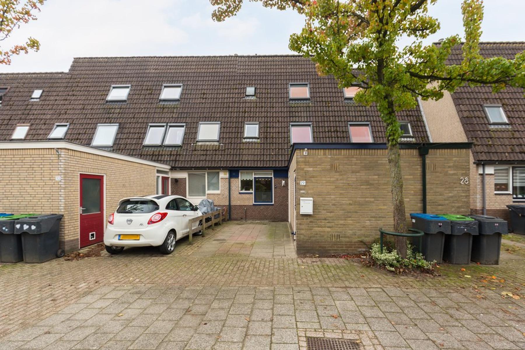 Hoefbladmeen 29 in Harderwijk 3844 VM