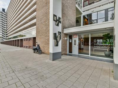 Burgemeester Hogguerstraat 239 in Amsterdam 1064 CN