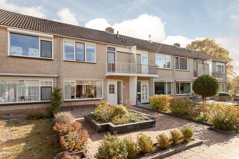 Hertog Albrechtstraat 192 in Bovenkarspel 1611 GS