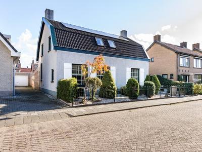 Klaverveld 24 in Prinsenbeek 4841 RL
