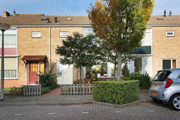 Prof. Wenckebachstraat 6 in Noordwijkerhout 2211 RV
