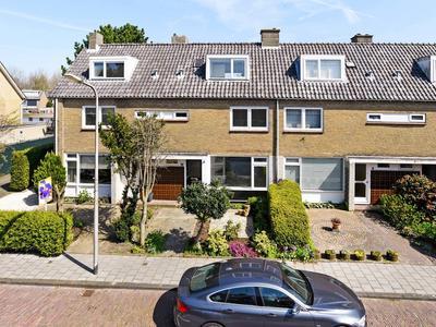 Van Cranenburchlaan 10 in Wassenaar 2241 PN