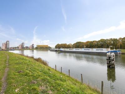 Vrachelsedijk 1 A in Oosterhout 4904 TA