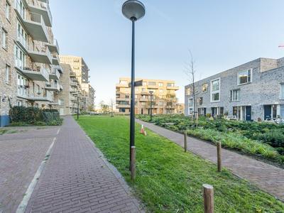 Mary Van Der Sluisstraat 462 in Amsterdam 1095 ME