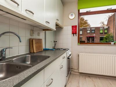 Velddreef 105 in Zoetermeer 2727 CC