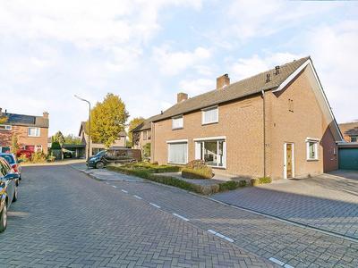 Notaris Van Kemenadestraat 16 in Gemert 5421 GN