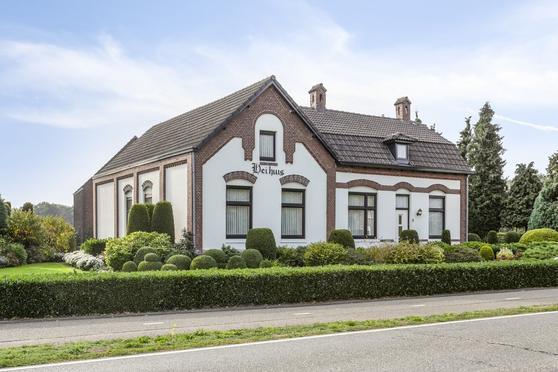 Houtsberg 6 in Nederweert-Eind 6034 ST