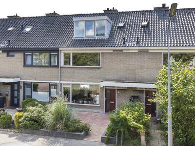 Wageningenstraat 22 in Nieuw-Vennep 2152 AN